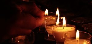 tea-lights-2611196_1920